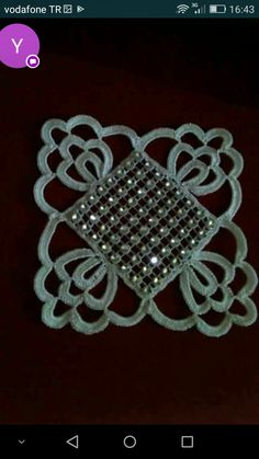 This Pin was discovered by Nur Crochet Bracelet, Bead Crochet, Crochet Motif, Crochet Crafts, Crochet Doilies, Crochet Stitches, Crochet Earrings, Diy And Crafts, Crafts For Kids