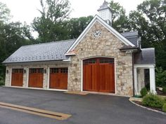 These Custom Carriage Doors Were Supplied And Installed In The Richmond, VA  Area By Apple