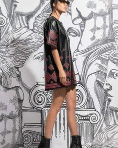Φόρεμα δερματίνη με κέντημα#style#fashion#chic#elegant#streetstyle #fashionable#stylish#designer#instafashion#fashionkalogirou#fashiondaily #ootd#outfitinspiration #greekfashion#newarrivals #newcollection #instafashion#fashiondaily#instadaily#styleoftheday#instastyle#fashionmodel#store#instafollow#instalike#dailylook Short Sleeve Dresses, Dresses With Sleeves, Fashion, Moda, Gowns With Sleeves, Fashion Styles, Fasion