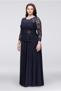Are you searching for a cute mother of the bride dress? You should take a look at this Plus Size Glitter Lace Long Sleeve Mother Bride-Groom Dress Style Related Plus Size Evening Gown, Plus Size Gowns, Evening Dresses, Mother Of The Bride Plus Size, Mother Of The Bride Dresses Long, Mother Bride, Formal Dresses With Sleeves, Necklines For Dresses, Bride Groom Dress