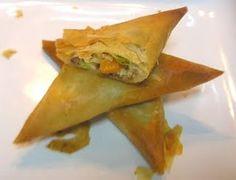 Μπουρεκάκια Τυρί Σπανάκι Πράσσο Κοτόπουλο Μεσογειακό Κιμά ... ... ...