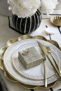 Kelly Wearstler Fine China.