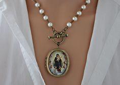Collier pendentif médaillon photo Vierge Marie Reine du Ciel