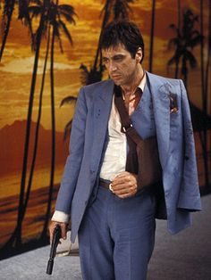 A gallery of Scarface publicity stills and other photos. Featuring Al Pacino, Michelle Pfeiffer, Steven Bauer, Mary Elizabeth Mastrantonio and others. Film Scarface, Scarface Poster, Real Gangster, Gangster Movies, Al Pacino, Michelle Pfeiffer, Scarface Costume, Francisco Javier Rodriguez, Montana