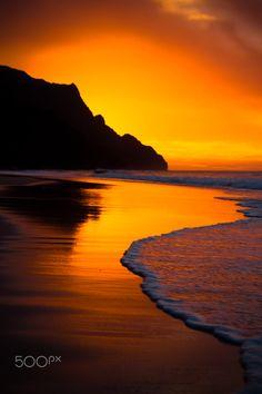Kalalau Beach on the Na Pali Coast of Kauai, HI. by Fireflies Travel Show