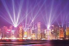Symphony Of Lights    Symphony of Lights merupakan Pertunjukan yang digelar setiap jam 8 malam di area yang tidak jauh dari Avenue of Stars, Hong Kong. Symphony of Lights adalah pertunjukan cahaya dan laser yang partisipannya adalah gedung pencakar langit yang berada di sisi kiri dan kanan Victoria Harbour.