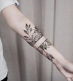 Flower forearm tattoo - 110  Awesome Forearm Tattoos  <3 <3
