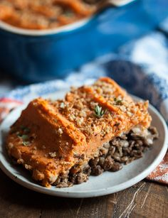 Vegan Sweet Potato and Lentil Shepherd's Pie | A hearty, flavorful # ...