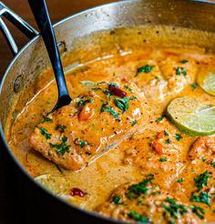 Fish Recipes, Seafood Recipes, Asian Recipes, Whole Food Recipes, Cooking Recipes, Healthy Recipes, Thai Food Recipes, Red Curry Recipes, Thai Cooking