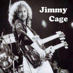 Jimmy Cage is rockin'
