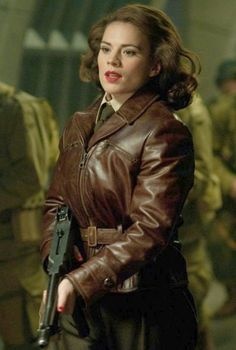captain_america_peggy_carter-001__56901_zoom.jpg (471×700)