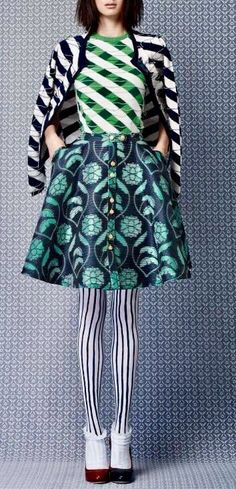 pattern & print mix in blue and turquoise Fashion + Photography Photo: Thom Browne Fast Fashion, Love Fashion, High Fashion, Womens Fashion, Fashion Design, Fashion Tips, Looks Style, Looks Cool, My Style