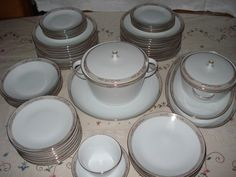 Antique Dinner Sets | Antique Bavaria Porcelain-dinner set