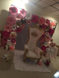 Calm revitalized quinceanera party decorations Yes! I want a free upgrade. Quince Decorations, Quinceanera Decorations, Quinceanera Party, Centerpiece Decorations, Sweet 16 Birthday, 15th Birthday, Birthday Stuff, Quinceanera Planning, Birthday Party Celebration