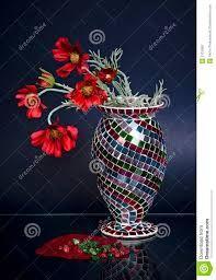 Risultati immagini per immagini  vasi di fiori mosaico