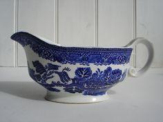 Willow Pattern Gravy Boat - Blue & White China. £14.50, via Etsy.