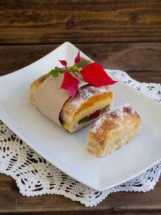 Mexican Food Recipes, Dessert Recipes, Desserts, White Christmas, Christmas Time, Christmas Ideas, Spanish Food, Marzipan, Churros