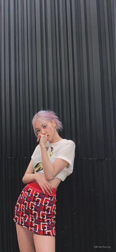 Pink Movies, Rose Clothing, Cute Rose, Rose Icon, Rose Park, Rose Wallpaper, Blackpink Fashion, Hey Girl, Kpop Girls