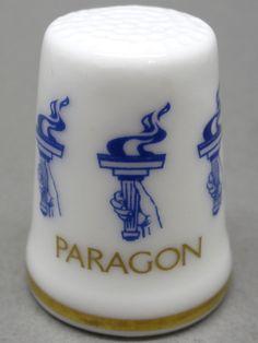 Paragon-Stoke on Trent, England. Edicion UK. TCC. Thimble-Dedal-Fingerhut.