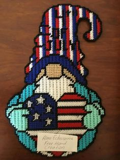 Plastic Canvas Letters, Plastic Canvas Crafts, Cross Stich Patterns Free, Free Pattern, Gnome 4, Chickens And Roosters, Canvas Patterns, 4th Of July, Cross Stitch