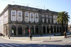Reitoria da Universidade do Porto. Na cidade do Porto, em Portugal. Fotografia: Manuel de Sousa.