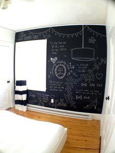 chalk board wall!!! I want to make a wall in my kitchen like this, so it can be like the old 50 diners and write what is being served that day/night. And friends can write messages as well!!!!