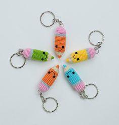 Crochet Amigurumi Free Patterns, Easy Crochet Patterns, Crochet Designs, Crochet Toys, Wire Crochet, Crochet Motif, Crochet Keychain Pattern, Stuffed Animal Patterns, Chrochet