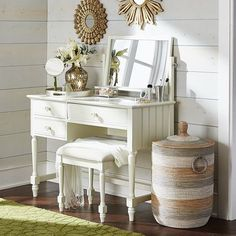 Cottage Antique White Vanity with Mirror