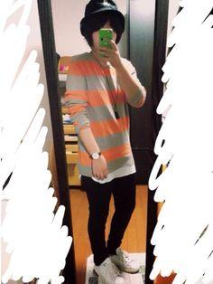 おはようございます😃 あちょんです(^^) 今日は秋をイメージしたコーデ 個人的に秋は オレンジ、
