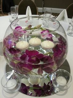 Super cute fish bowl centerpiece