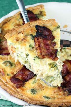 Chicken & Broccoli Quiche #recipebook #paleo #diet