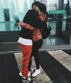 Kylie Jenner shares adorable parting photo with boyfriend Tyga Kylie Jenner Y Tyga, Estilo Kylie Jenner, Kylie Jenner Style, Kardashian Jenner, Kylie Jenner Boyfriend, Kardashian Style, Demi Rose, Cute Relationships, Cute Relationship Goals