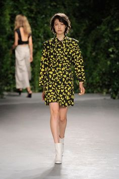 Opening Ceremony Spring 2016 Ready-to-Wear Collection Photos - Vogue