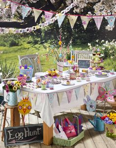 Easter Party Table Decorations
