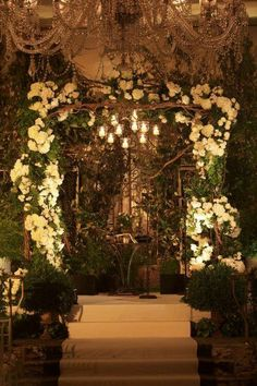 Perfect for a rustic outdoors or fairytale themed wedding g. Just up my alley