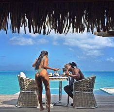 How to Take Good Beach Photos Vacation Mood, Couples Vacation, Vacation Travel, Black Love Couples, Cute Couples Goals, Couple Goals Relationships, Relationship Goals Pictures, Couple Style, Photo Couple