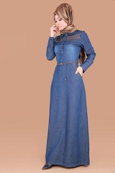 Nakışlı Tesettür Kot Elbise Açık Kot Ürü kodu: MZ9216 --> 109.90 TL