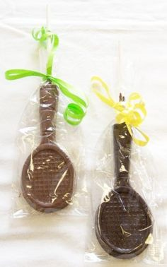 Chocolate racquets perfect as a party favor! #cute #chocolate #tennis