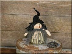 Primitive Halloween Decor Raven Salvage Witch Doll Honey & Me 10 inches #HoneyandMe #RusticPrimitive #Halloween Primitive Fall Decorating, Primitive Halloween Decor, Halloween Home Decor, Halloween House, Halloween Decorations, Rustic Fabric, Orange Bodies, Witch Cat, Halloween Doll