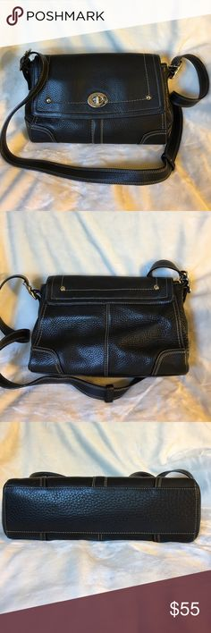 Coach Hamilton Black Pebbled leather bag Lightly used Coach Hamilton Black Pebbled Leather with turn lock.  Can be worn as a shoulder bag or crossbody bag.  The silver is scratched but the leather has no visible wear.  Missing a hangtag so the price is discounted. Very good condition and comes from a non smoking home. Coach Bags Crossbody Bags