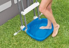 Foot Bath - Pool Accessories - Above Ground Pools - Store - Intex Intex Above Ground Pools, Above Ground Pool Landscaping, Above Ground Swimming Pools, In Ground Pools, Above Ground Pool Slide, Backyard Pools, Outdoor Pool, Piscina Intex, Swimming Pool House