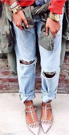 Ripped Boyfriend Jeans & Blush Studded Flats ❤︎