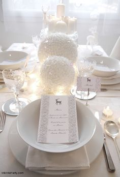 Christmas Winter Wonderland dinner party ideas with ideas on tablescape styling, place settings, printables menu cards and place-cards, and monochrome dinner menu!