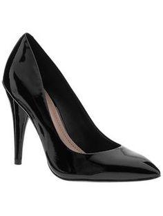 patent black pointy toe pumps.