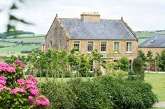 Axnoller House Photograph by Lemontree Photography Our Wedding, Wedding Venues, Weekends Away, Wonderful Places, Traditional, Luxury, House Styles, Buildings, Photography