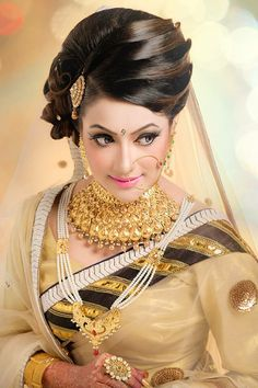 Zahin khan makeover Indian Bridal Hairstyles, Bride Hairstyles, Golden Lehenga, Bengali Bride, Middle Eastern Fashion, Indian Look, Bride Makeup, Bridal Beauty, Bridal Hair Accessories