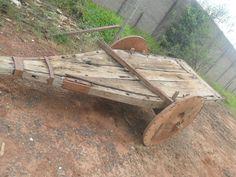 carro de bois   carro de boi antigo para uso ou para decoração muito antigo