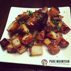 Garlic Lemon Balsamic Potatoes | Pure Mountain Olive Oil and Vinegars | www.PureMountainOliveOil.com | Roasting anything in Pure Mountain's aged balsamic vinegar creates a perfect, crispy outer layer. These potatoes are a family favorite, and a great accompaniment to fish, chicken, pork, or breakfast! | #potatoes #healthypotatorecipe #extravirginoliveoil #lemonwhitebalsamic #garlicoliveoil #breakfastpotatoes