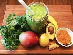 Conscious Cleanse – Totally Turmeric Green Smoothie 2 cups coconut milk 1 banana ½ cup mango ¼ avocado 1 small lemon, peeled 1 in. Smoothie Legume, Celery Smoothie, Juice Smoothie, Smoothie Drinks, Fruit Juice, Weight Loss Smoothie Recipes, Green Smoothie Recipes, Yummy Smoothies, Green Smoothies