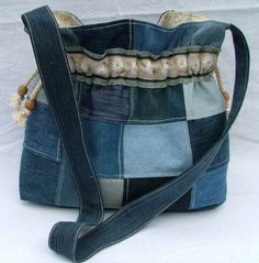 Denim bag                                                                                                                                                                                 Mais